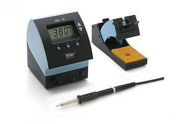 Mikropájka WD1000 WELLER výkon 80W, stolní pájecí stanice s digitální regulací teploty rozsah nastavení 50 ... 450°C, zobrazení teploty na displeji, profi provedení