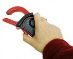 Multimetr UT201 klešťák pro měření AC proudu, Auto rozsah  Test diod  Akustický test  Měření max. hodnoty  Data Hold  Icon display  Sleep mód  Indikátor baterie  Vstupní impedance: 10 MOhm