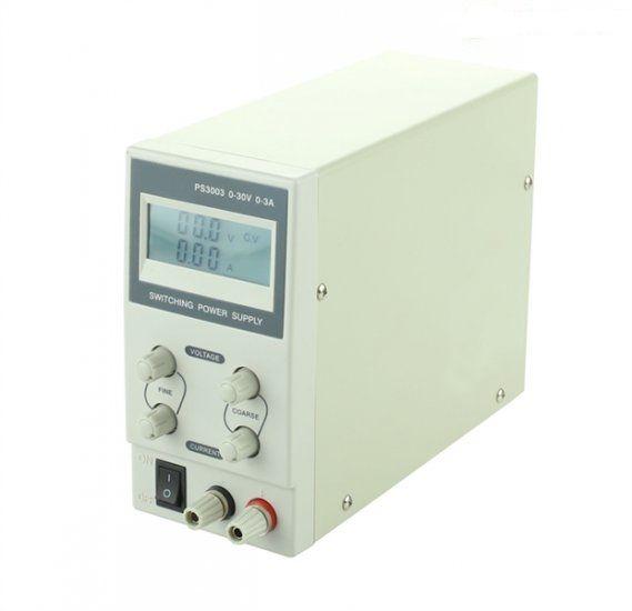 Zdroj laboratorní stolní s regulací PS3003 0-30 V/ 0-3 A s 3-místným LCD, jednokanálový, napětí i proud