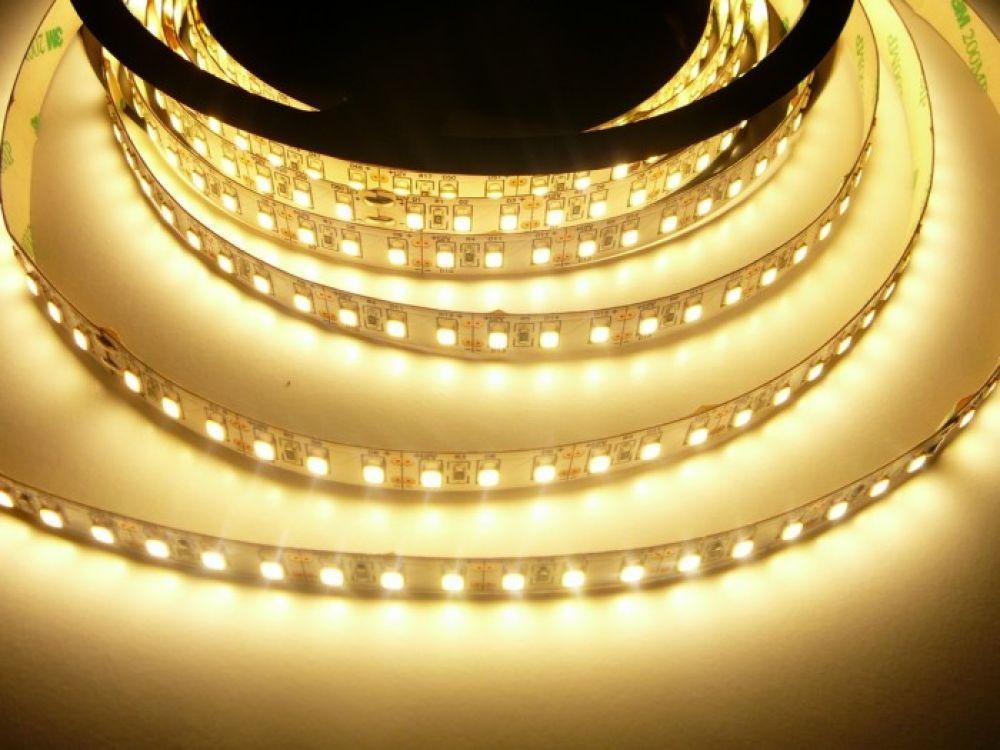 LED pásek vnitřní 20W/m, CRI-600 vnitřní až 2100lm/m, svítivost extra vysoká, 120LED/metr, cena za 1m