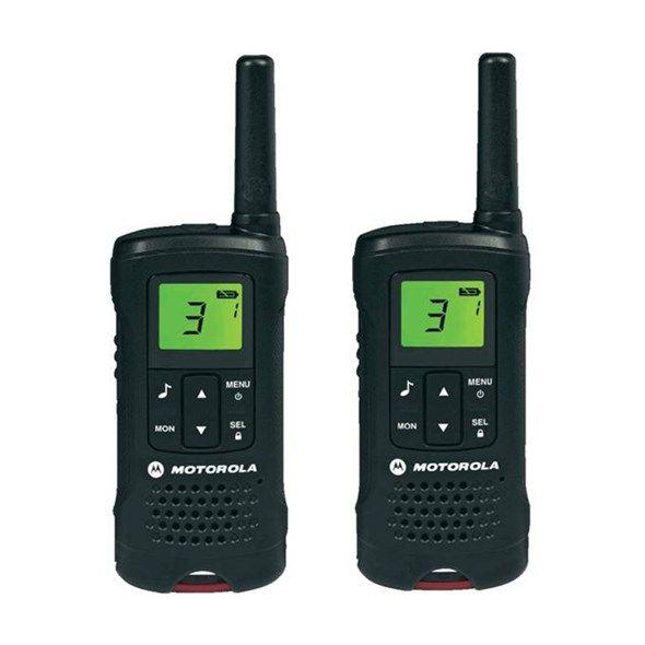 PMR radiostanice Vysílačky MOTOROLA TLKR T60, Dosah až 8 km ve volném prostoru, Bezplatné volání, Dobíjecí baterie NiMH součástí, 8 radiových kanálů + 121 kódů, Funkce Scan, Monitor, VoX, Timer, Auto