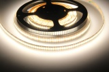 LED pásek vnitřní 12V, 24W/metr, 240LED/metr studená bílá 6000K