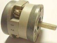 Vačkový spínač VS16 2201 C4, 16A/380V~, 3 polohy 90°