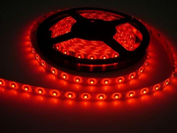 LED pásek vnitřní samolepící SQ300 12V 60LED/m 4,8W/m barva červená cena za 1m