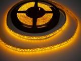 LED pásek zalitý IP50 W600 120LED/m 12V 9,6W/m žlutá cena za 1m